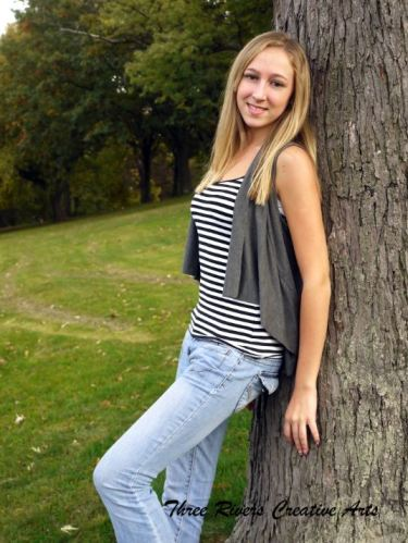senior photo in park